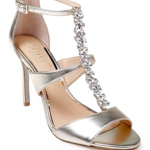JEWEL Badgley Mischka CRYSTAL EMBELLISHED SHOE NWT
